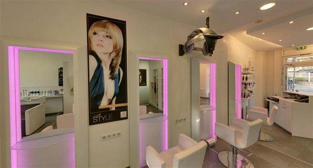 Hairdressing Job offer Recrute un coiffeur(se) voulant  évoluer vers un poste de manager