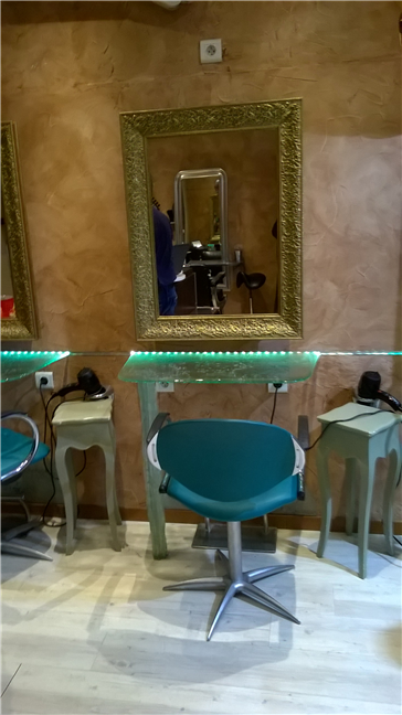 Hairdressing Job offer Coiffeur Coiffeuse BP