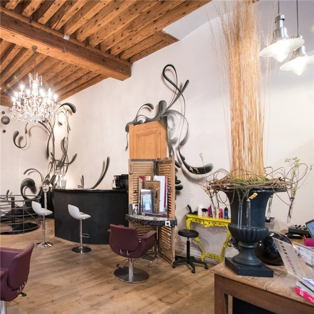 Hairdressing Job offer Coiffeur confirmé et BP alternance