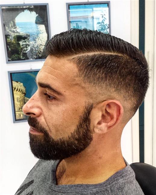 Taglio capelli uomo old school