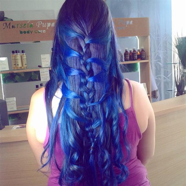 Blu Bride - colorazione con 3 diverse tonalità di blu e treccia a spina di pesce