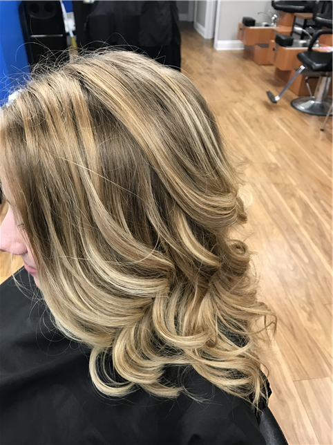Balayage with suttle shadow root