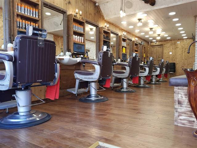 Hair salons VENUS BARBERS